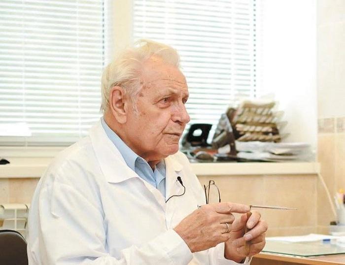 Доктор медицинских наук Иван Неумывакин: «Сто раз говорил и еще повторю! Любые кожные заболевания лечатся, если…