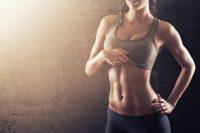Похудеть в боках и убрать живот: ударная тренировка для плоского живота