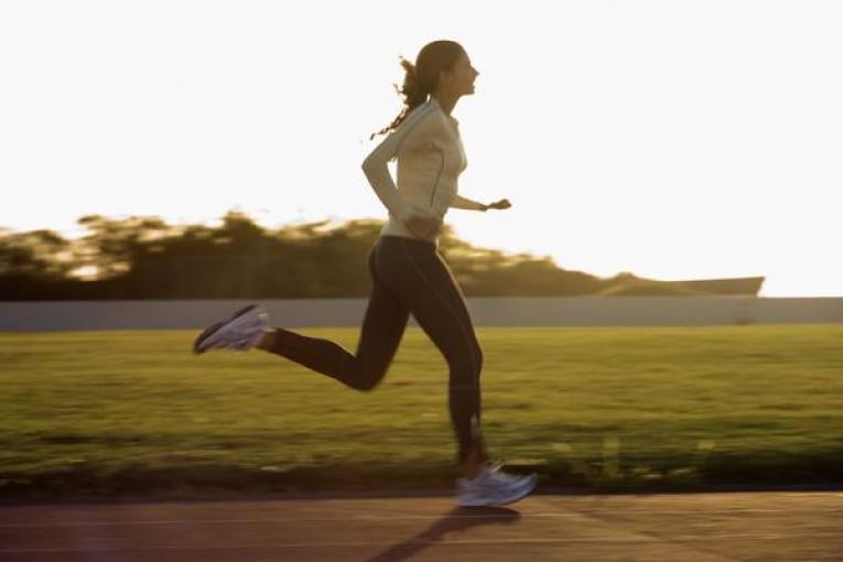 ТОП 9 причин, чтобы начать бегать по утрам. Узнайте сейчас зачем это нужно именно вам