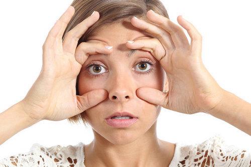 Более 20 рецептов домашних масок для век — увлажняющие, омолаживающие, питательные