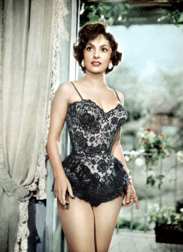 Фигуру Джины Лоллобриджиды многие считали эталоном, как великолепная актриса выглядит в свои 90