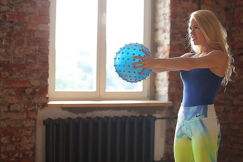 Идеальные подмышки: Лучшие упражнения для проблемной зоны