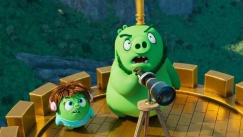 Птицы и свиньи объединяются, чтобы спасти мир в финальном трейлере фильма «Angry Birds 2 в кино»