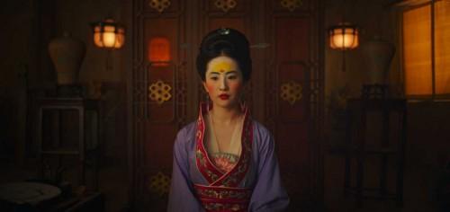 Первые кадры раскрывают эпическую красоту предстоящего ремейка «Мулан»