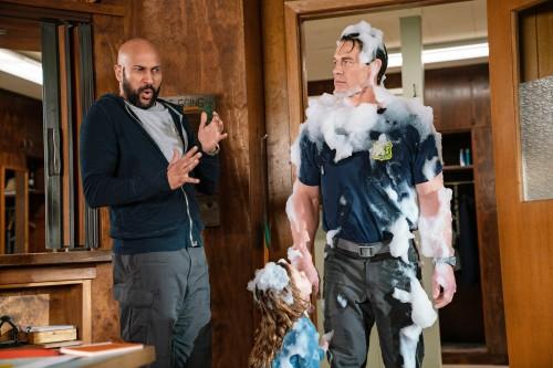 Новая сторона актерской карьеры Джона Сины в первом трейлере «Игры с огнем»