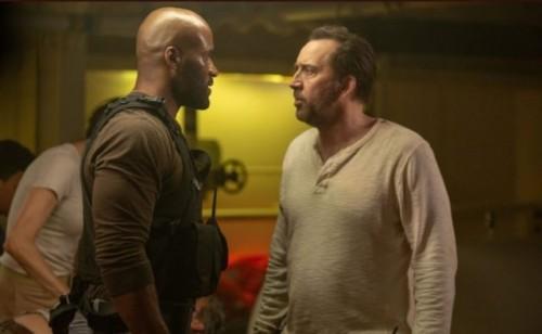 Николас Кейдж сражается с ягуаром в первом трейлере боевика «Первобытный»