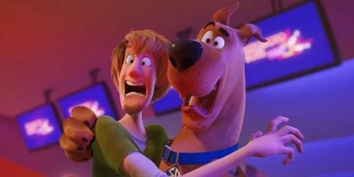 Герои встречаются с новыми персонажами в трейлере комедийного ужастика «Скуби-ду»